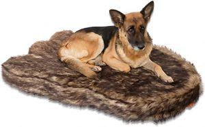 Laifug large faux fur dog bed