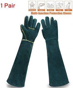 Sporting Style Animal Handling Gloves